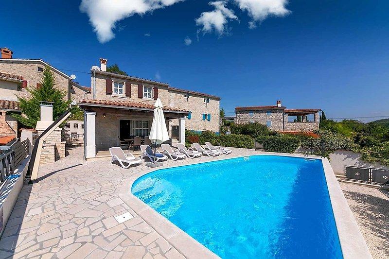 Villa Ivana Brkac mit Pool