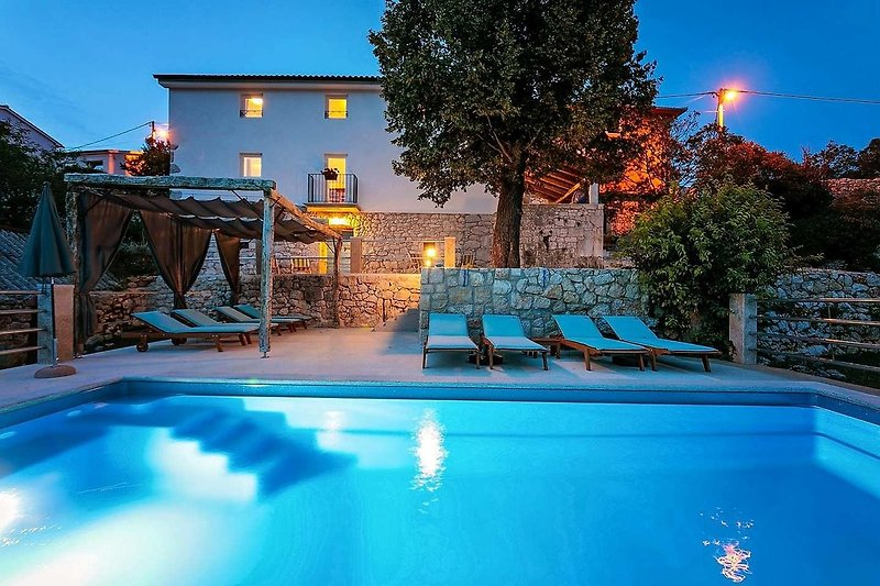 Villa Eugenia Nacht Foto