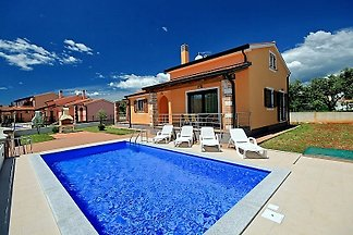 Holiday home Mladen 1