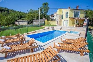 Villa Ana Spinovci