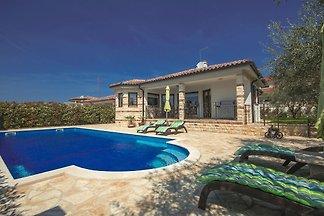 Villa Adry