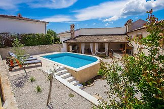 Casa Jagoda for 4-6 persons and with swimming pool