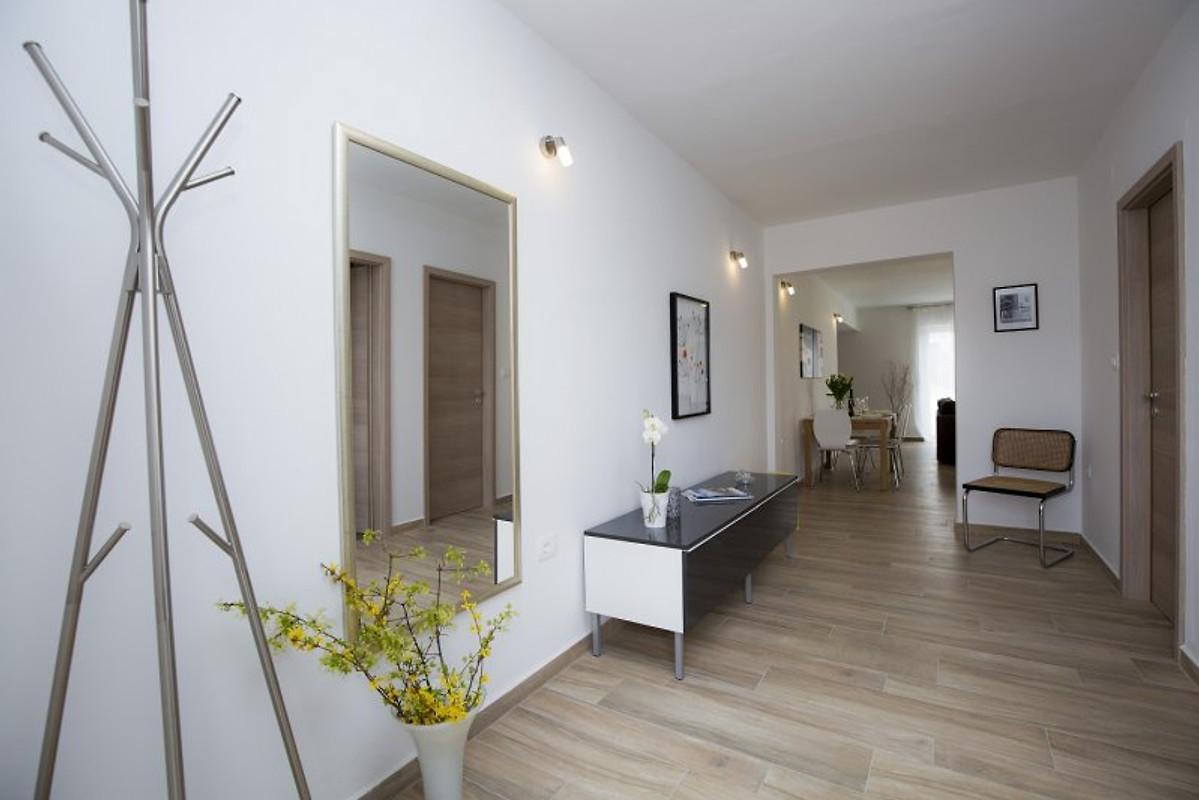 Modern appartement leni in labin vakantie appartement in labin huren - Moderne buiteninrichting ...