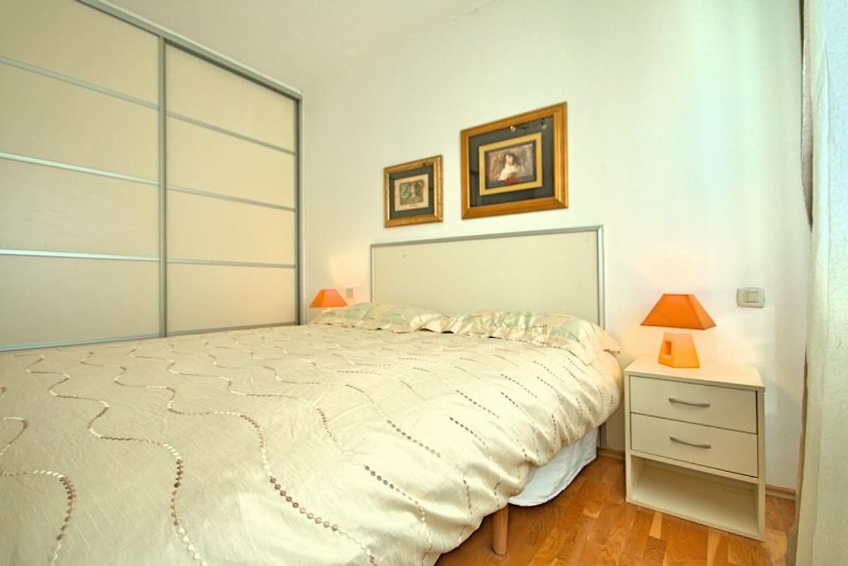 Villa rossana casa vacanze in nova vas affittare for Piani di casa con 5 camere da letto con stanza bonus