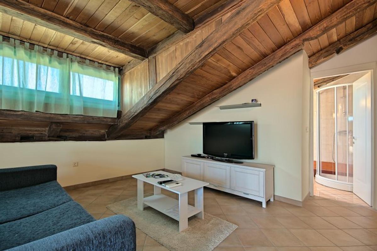 Holiday paradise ferienwohnung in gedici mieten for Wohnzimmer 19 qm