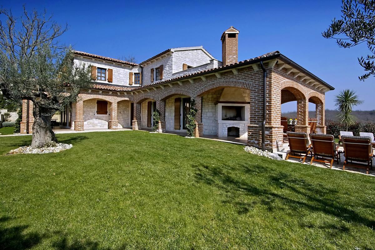 Villa rustica ferienhaus in visnjan mieten for Villas rusticas
