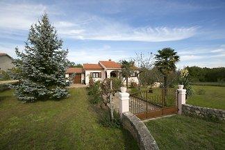 house Gisella