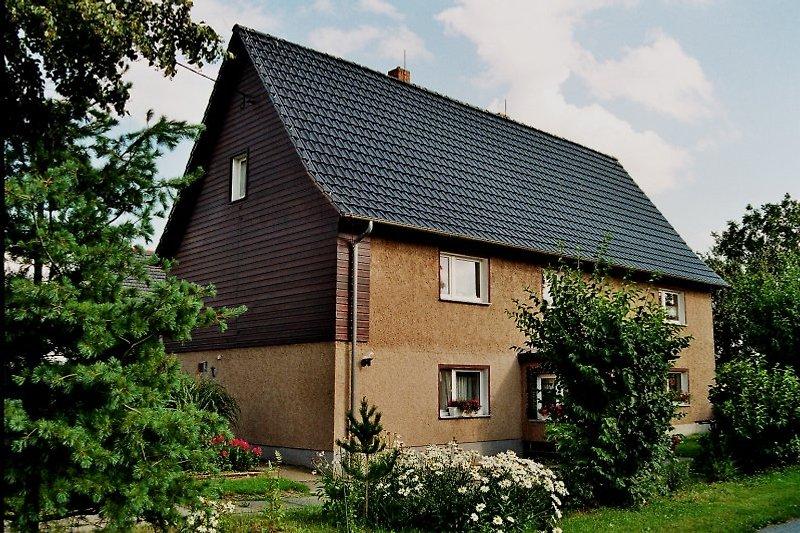 Vorderansicht Wohnhaus