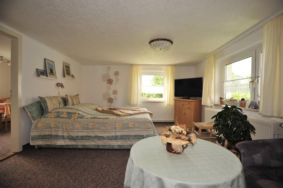 ferienwohnung anetta herlt ferienwohnung in hohnstein mieten. Black Bedroom Furniture Sets. Home Design Ideas