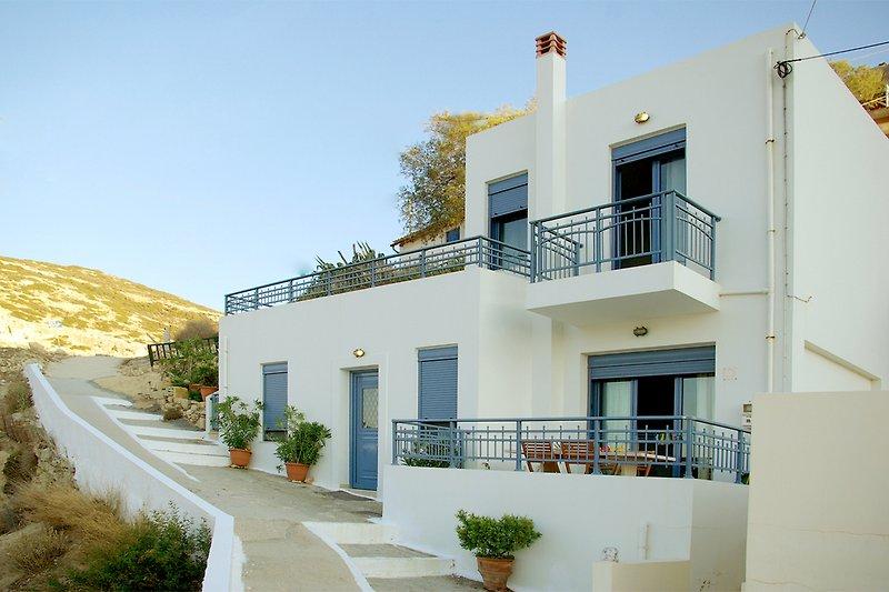 Villa Red Beach