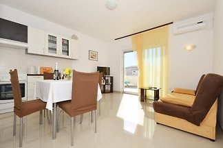 The Apartment Stipe 1 is located in Trogir, Trogir and Split-Dalmatia County.