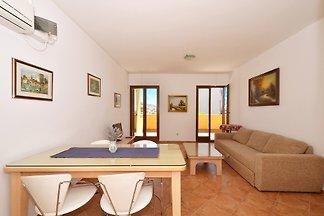 Apartament w Okrug Gornji