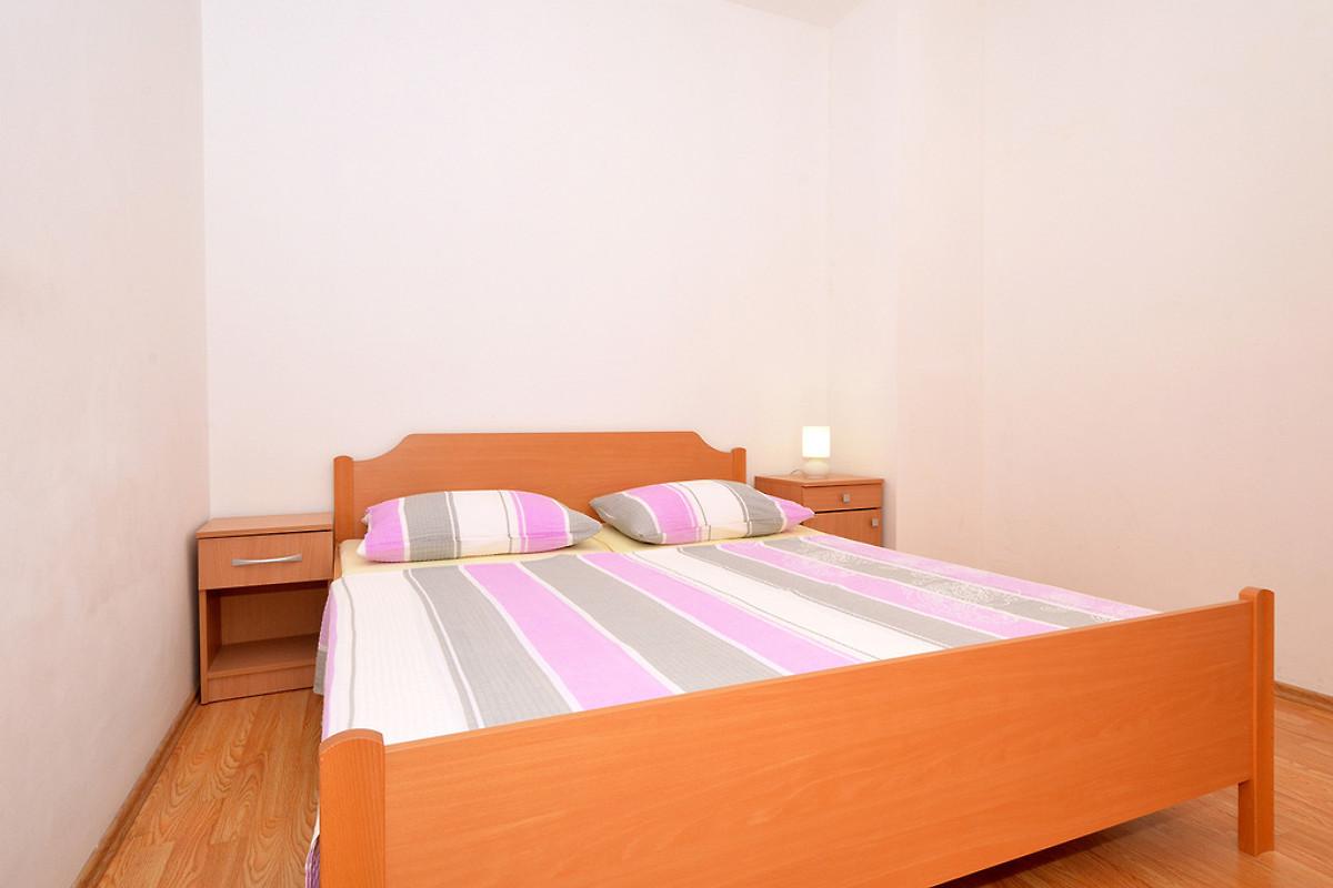 Two Lions 1, 3 Schlafzimmer-günstig