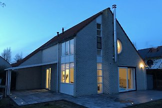 Holiday home in Julianadorp aan Zee