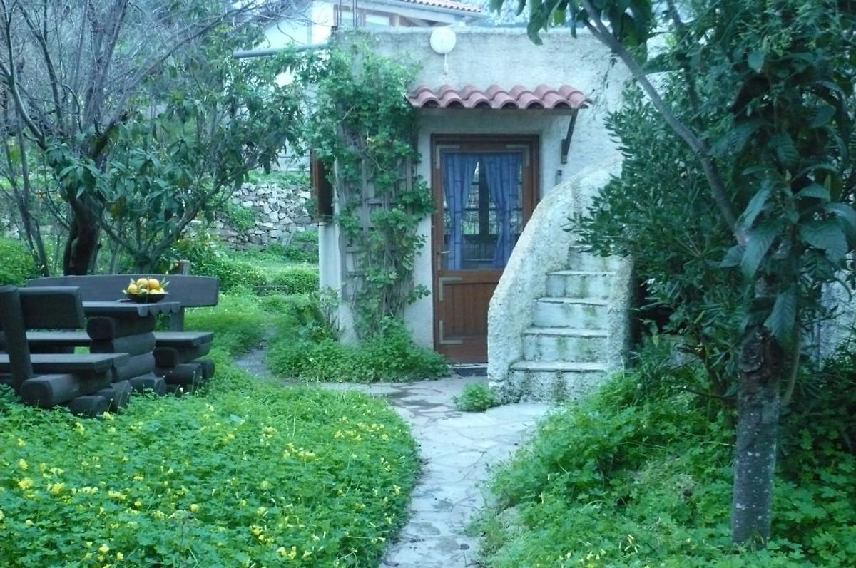 Hinter Dem Haus urlaub individuell haus 1 ferienhaus in sitia mieten