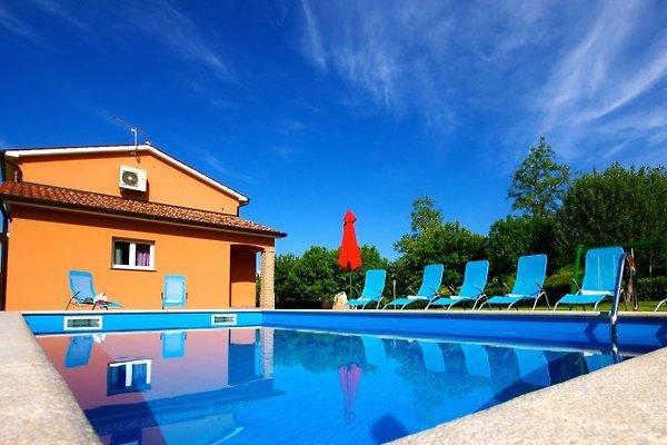 Villa moderne près de Motovun à Motovun - Image 1