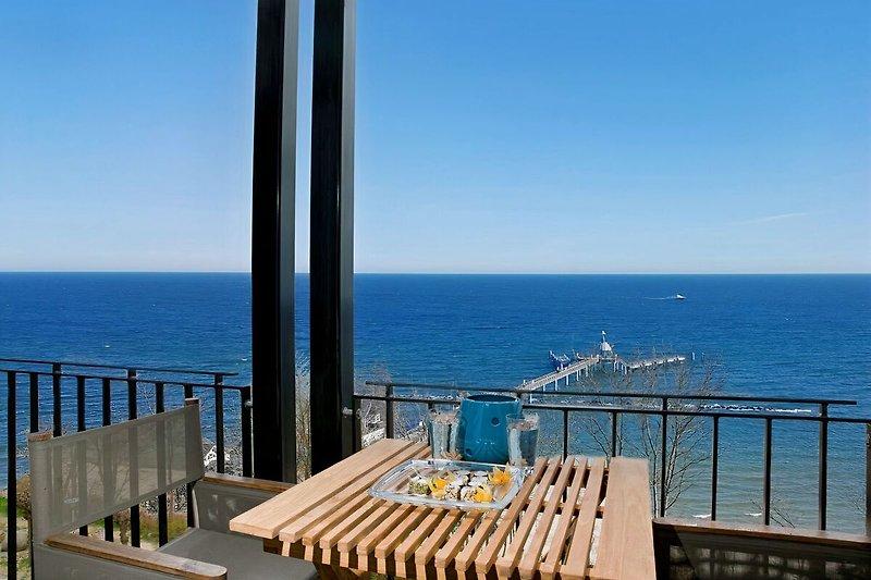 Hauptbalkon mit 180 Grad Panoramablick