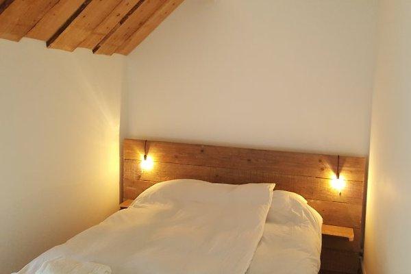 Schlafzimmer mir Doppelbett