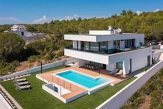 Beautiful Villa Calvi