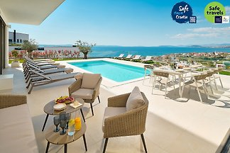 Beautiful Villa Elea in Dalmatia