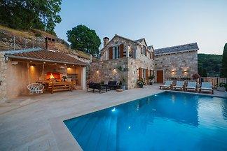 Villa Adsum