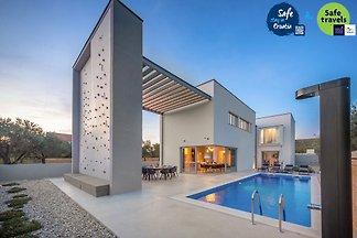 Villa Activia