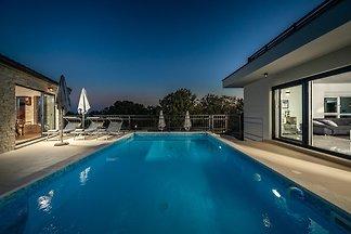 Villa Loto