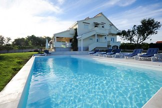 Villa Matea 6 + 1