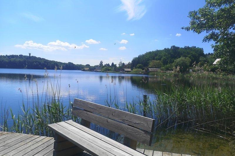Ferienwohnung Krakow am See Blick vom Steg