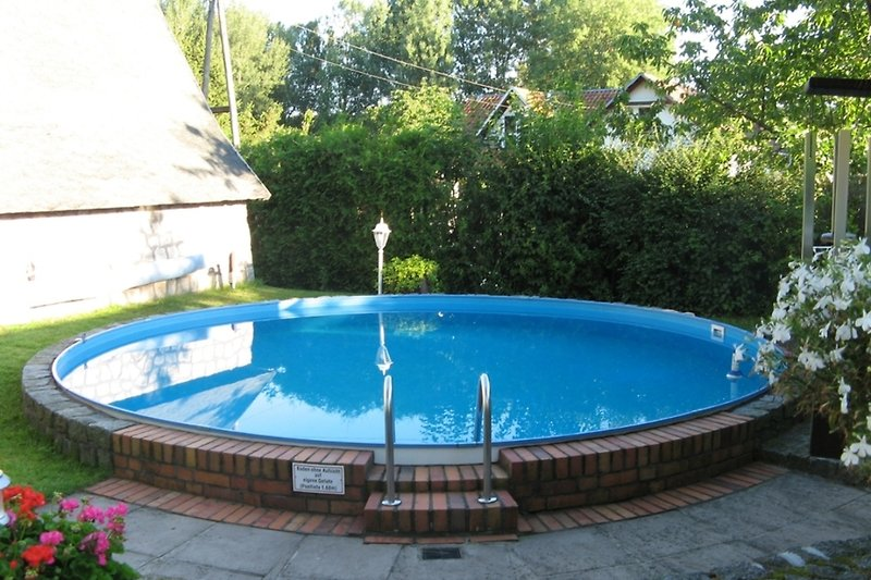 Ferienhaus in Malchow am Fleesensee Pool im Garten