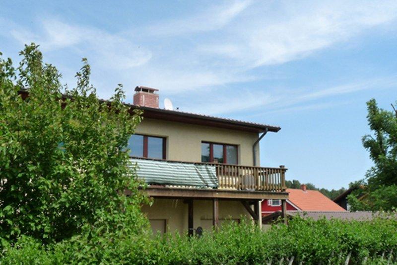 Plauer See Ferienwohnung mit Balkon