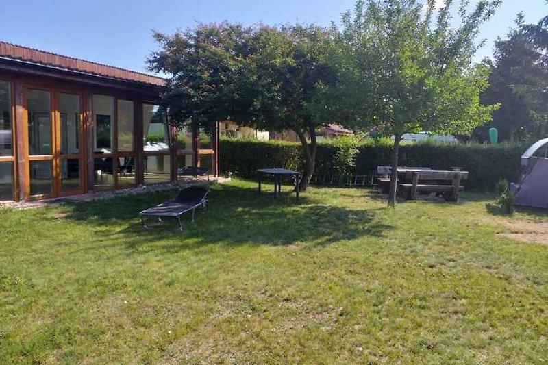 Ferienhaus im Feldberger Seenland in Blankensee Wanzka Haus und Garten