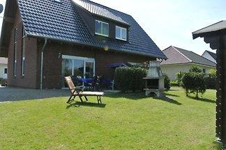 Ferien-Doppelhaushälfte in Stove