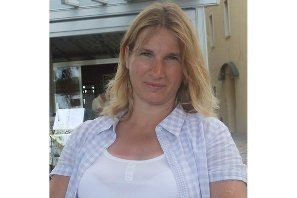 Mrs. M. Röder