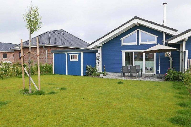 Herzlich willkommen im blauen Haus in Gelting!