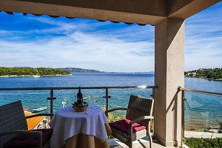 Cama y desayuno en el mar con piscina