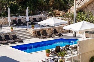 Baroni Holiday conditioning in Dalmatië