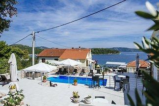 Villa Baroni,FS,Meerblick,Pool,Steg