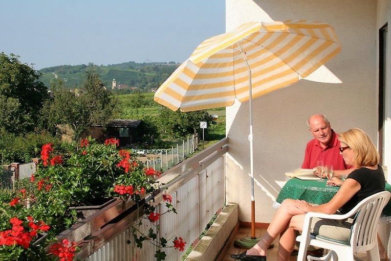 Balkon mit Aussicht auf die Weinberge
