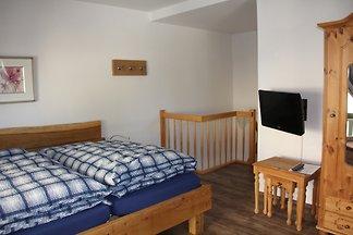wunderschöne 3-Raum-Maisonette-Wohnung 1 Minute vom Strand