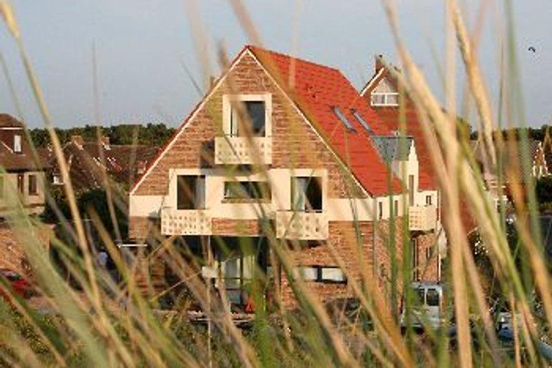 Haus SonnenDüne - direkt hinter der Dünenkette