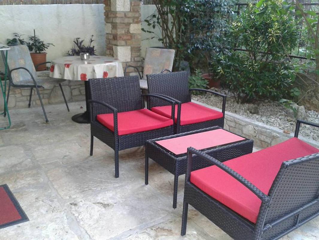 haus nada g stehaus f r 2 personen ferienwohnung in vabriga mieten. Black Bedroom Furniture Sets. Home Design Ideas