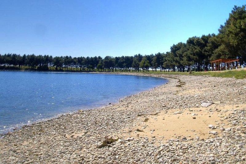 Kiesel Strand