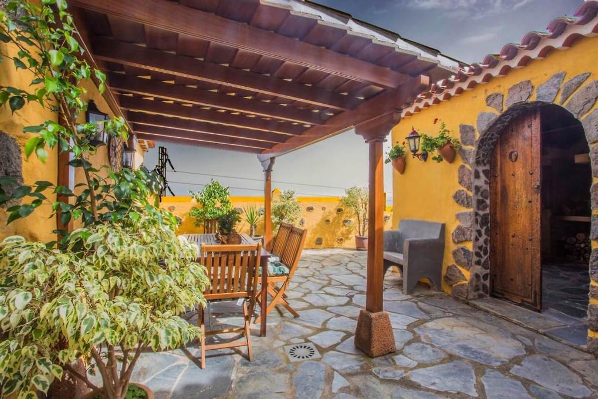 Casa rural piedra redonda en icod de los vinos compa a villas rivero sig j rivero - Casa rural icod de los vinos ...