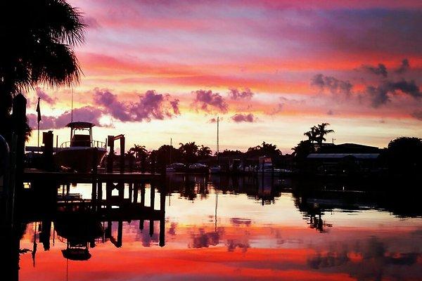 Sonnenaufgang am Boat Dock