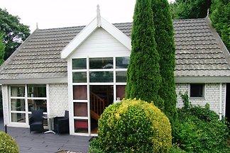 Villa Royal near Arnhem - Lathum