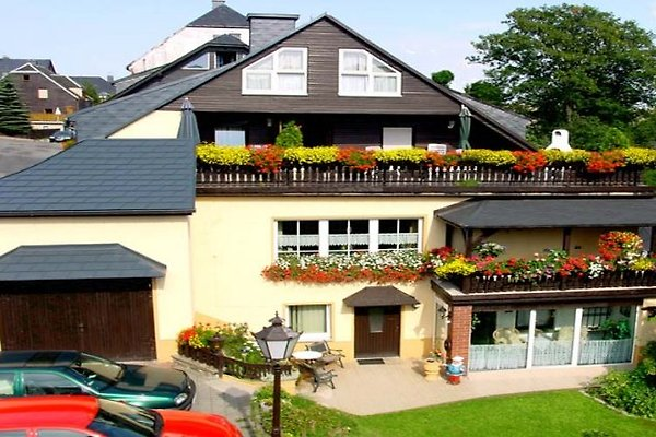 Pension & Ferienwohnungen en Oberwiesenthal - imágen 1