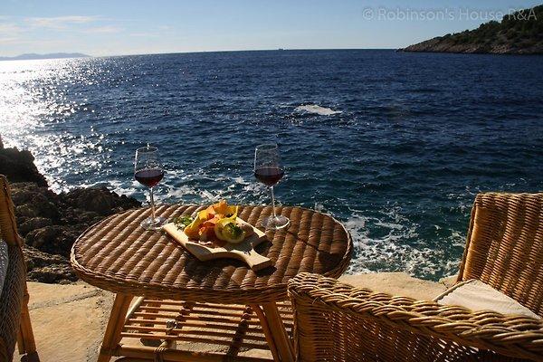 Robinson's  Relax & Adventure à Milna - Image 1