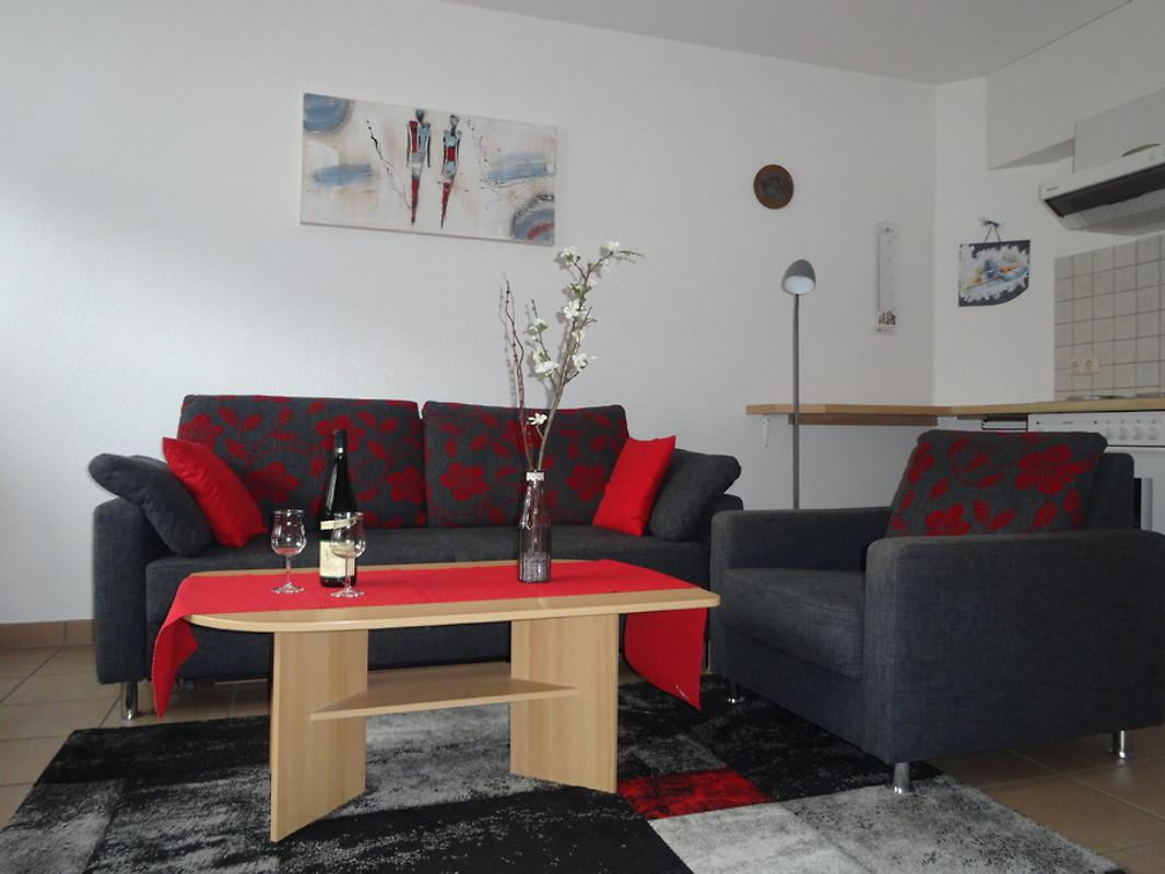 ferienwohnung anita ferienwohnung in zell mosel mieten. Black Bedroom Furniture Sets. Home Design Ideas