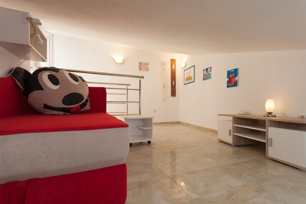 strandvilla mercedes am badestrand ferienwohnung in medulin mieten. Black Bedroom Furniture Sets. Home Design Ideas